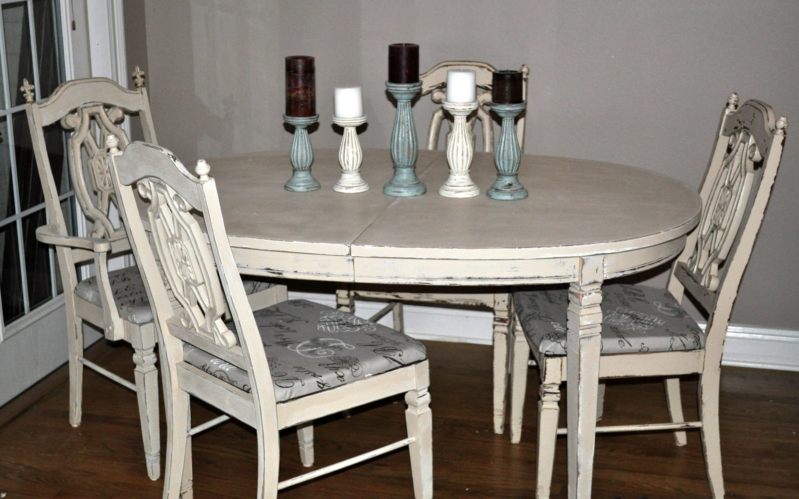 Before And After Interiors: French Script Distressed ...