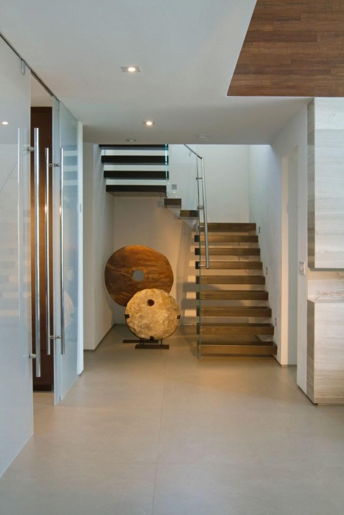 hogares frescos dise o interior de una casa moderna en miami por dkor. Black Bedroom Furniture Sets. Home Design Ideas