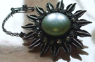vintage brooch in green
