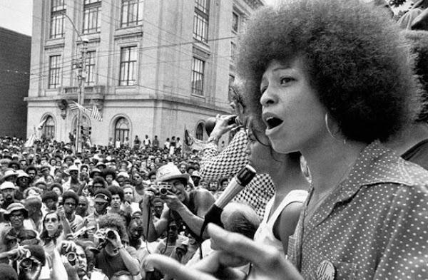Mujeres, raza y clase | por Angela Davis