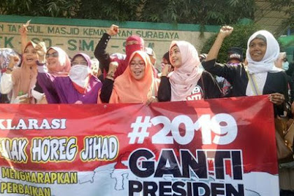 JEBRET! Pakar Pidana Bilang Gerakan #2019GantiPresiden Tak Melanggar Hukum