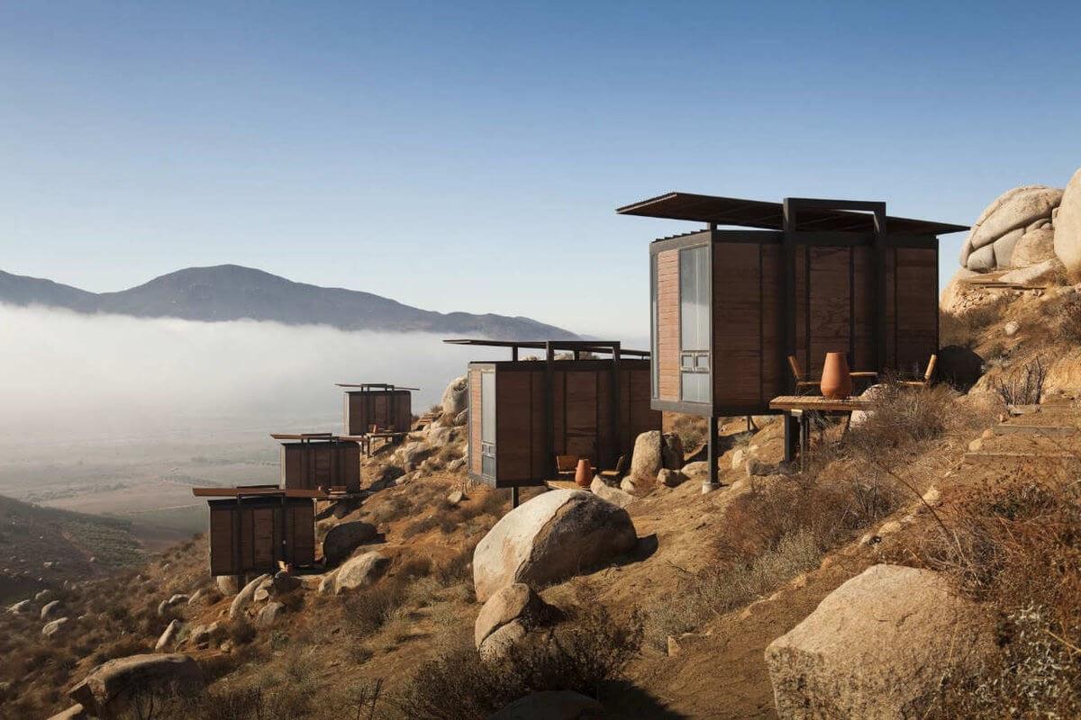 09-Low-Impact-Building-Gracia-Studio-Cabin-Architecture-set-on-a-Hill-www-designstack-co