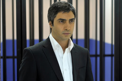 تقرير عن الممثل نجاتي شاشماز Muhammed Necati Sasmaz