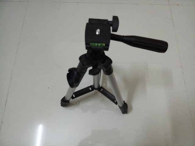 DK 3888 tripod | Perfect for both mobile phone and camera