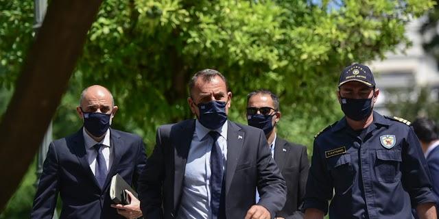 Συναγερμός στις ΕΔ λόγω Oruc Reis: Επιστρέφει εσπευσμένα από Πορτογαλία ο ΥΕΘΑ