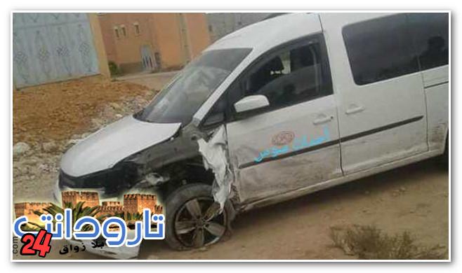 سرعة و تهور سائق طاكسي يتسببان في حادثة سير خطيرة