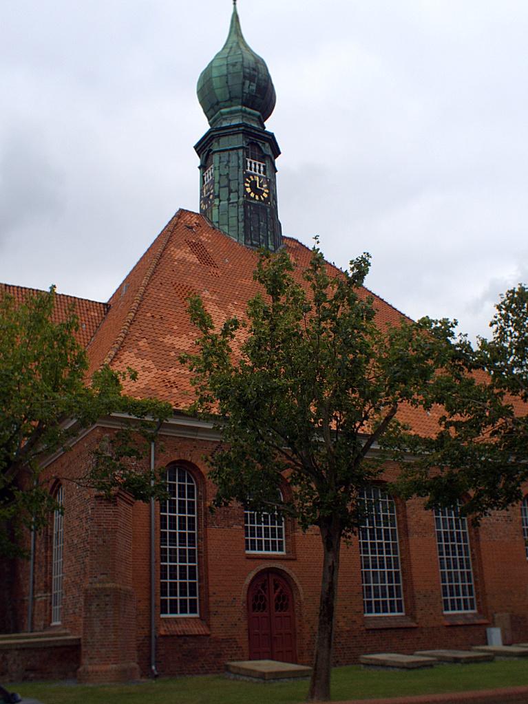 #260 tarcus TV Lens f1.3 8mm – St. Bartholomäus in Wesselburen