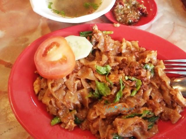 Restoran Ayam Kampung Tanjung Malim, KUEY TEOW GORENG