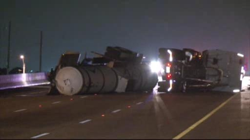 18-wheeler accident and chemical leak closes 290 at Mueschke