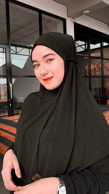 21 Best Prettiest Girl Hijab HD Wallpapers 4K 5K for Android and iPhone | Gambar wallpaper Cewek Cantik Berhijab