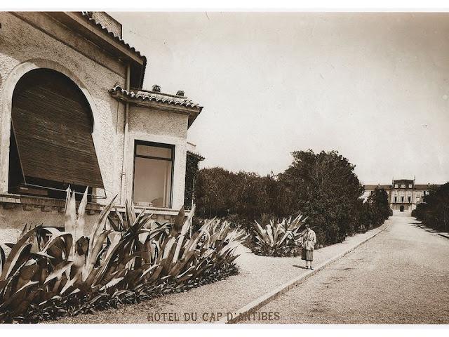 HÔTEL DU CAP-EDEN-ROC old picture