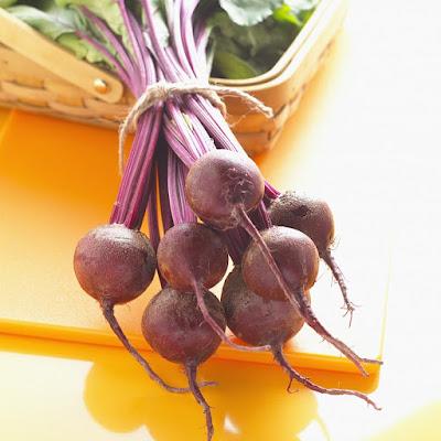 herbal, Manfaat Tanaman Herbal, Manfaat Kesehatan, buah bit, beetroot, akar buah bit, manfat buah bit, kandungan gizi buah bit,