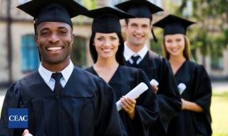 Por qué ir a la universidad siendo mayor de 25 años - CEAC Cursos Online
