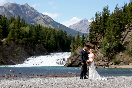 Elope in Banff: Elope in Banff, Destination Elopement Wedding Planner