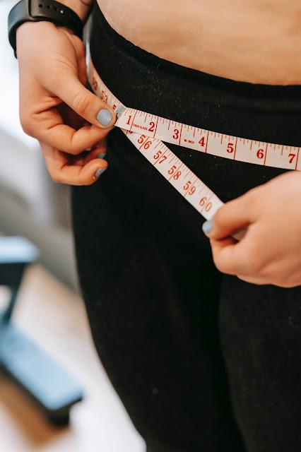 Jak schudnąć z brzucha bez wysiłku i ćwiczeń