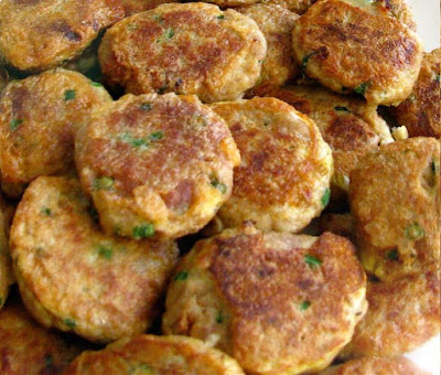 Virginia Salmon Cakes- Easy Salmon Recipes