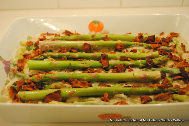 Fresh Asparagus Casserole at Miz Helen's Country Cottage