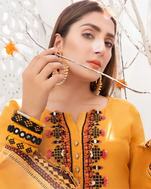 Ayeza Khan New One Photoshoot For Winter Collection 8