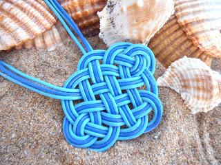 colar nudo celta azul