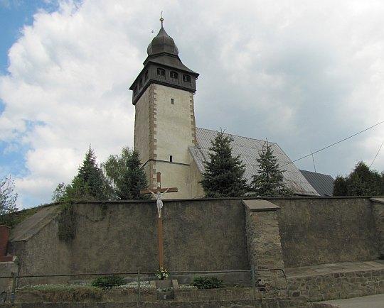 Gotycki kościół św. Mikołaja w Siedlęcinie.