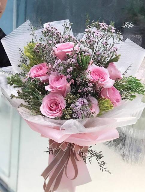 bé hoa hồng đẹp