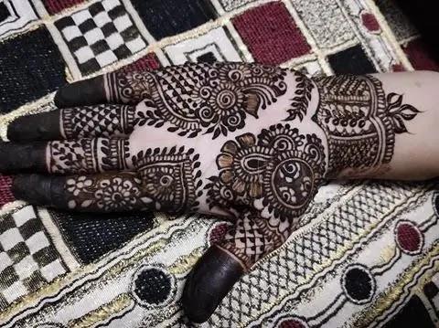 net-jaali-henna-for-front-hands
