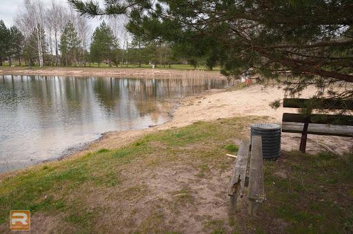 Soliņi ezera pludmalē
