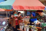 Kapten Czi Sihotang turun ke Pasar Bagi Masker