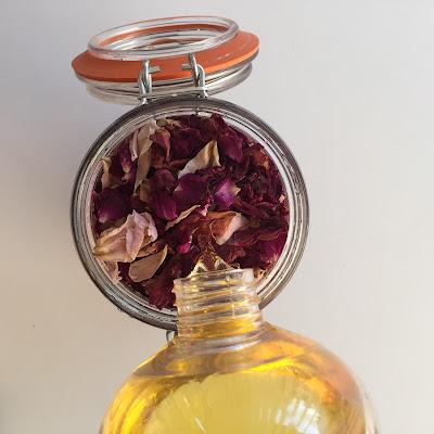 Perfuma tus flores secas