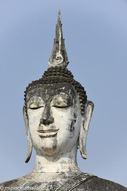 Wat Mahathat, Sukhothai - Buddha in Sukhothai style