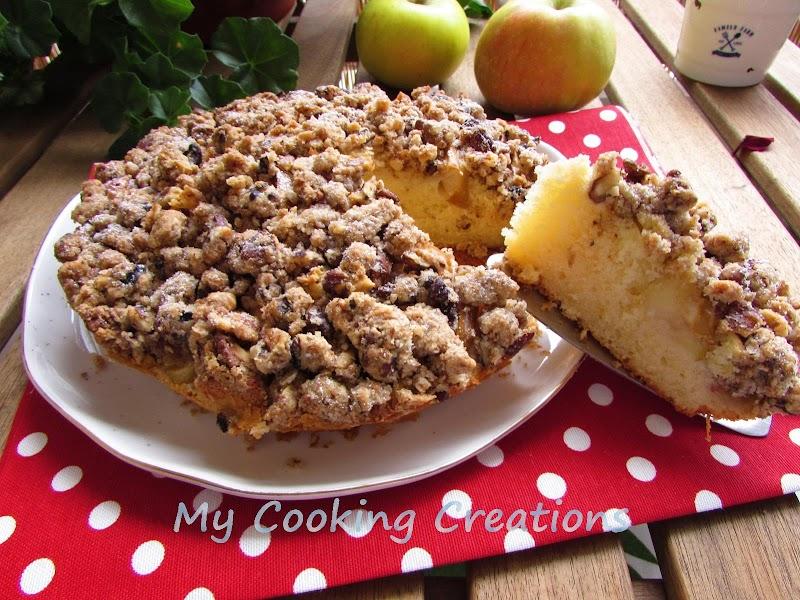 Ябълков пай с орехов крамбъл * Torta di mele con crumble alle noci