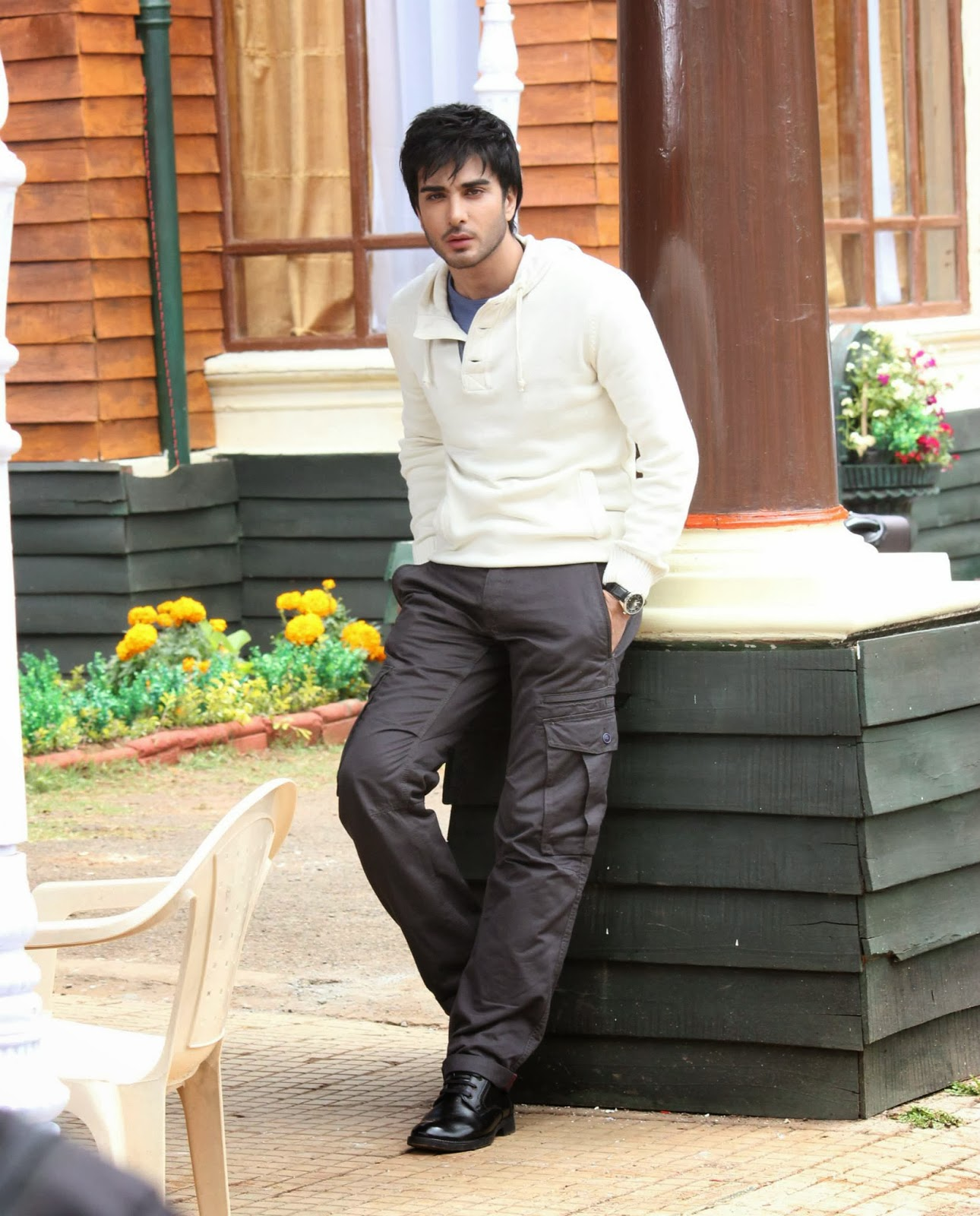 Unique Wallpapers: Imran Abbas Hot Wallpapers 2013 HD Free