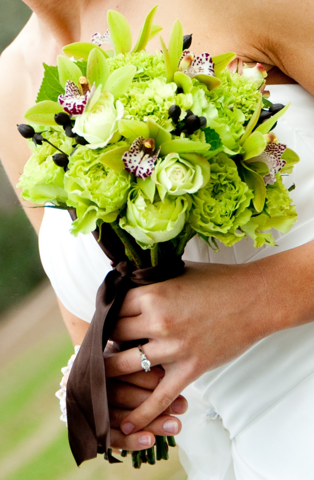 Green And Brown Living Room Decor: Unforgettable Floral: Lime Green And Brown Wedding