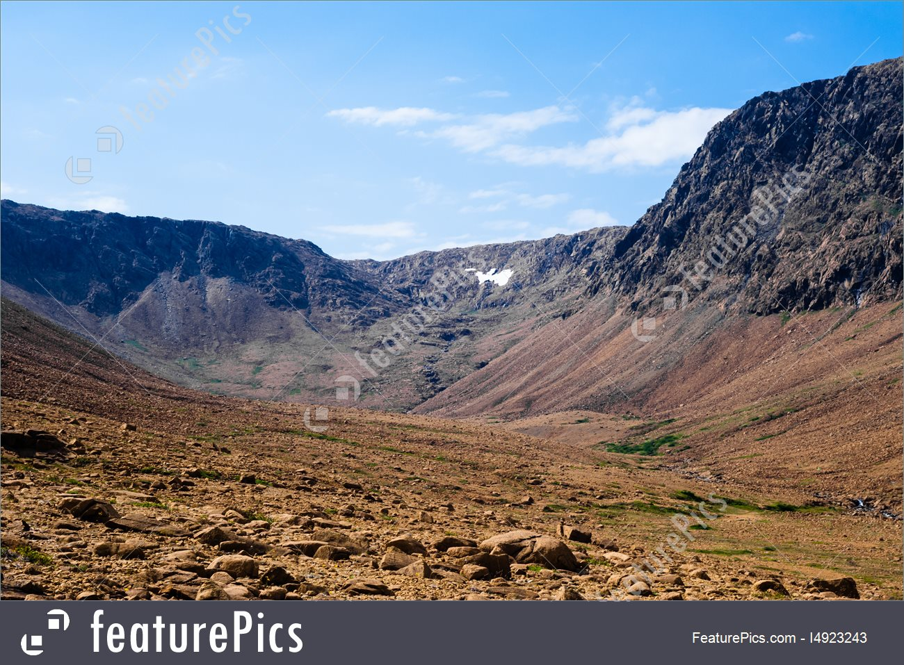 dry-rocky-valley-stock-picture-3923243.jpg
