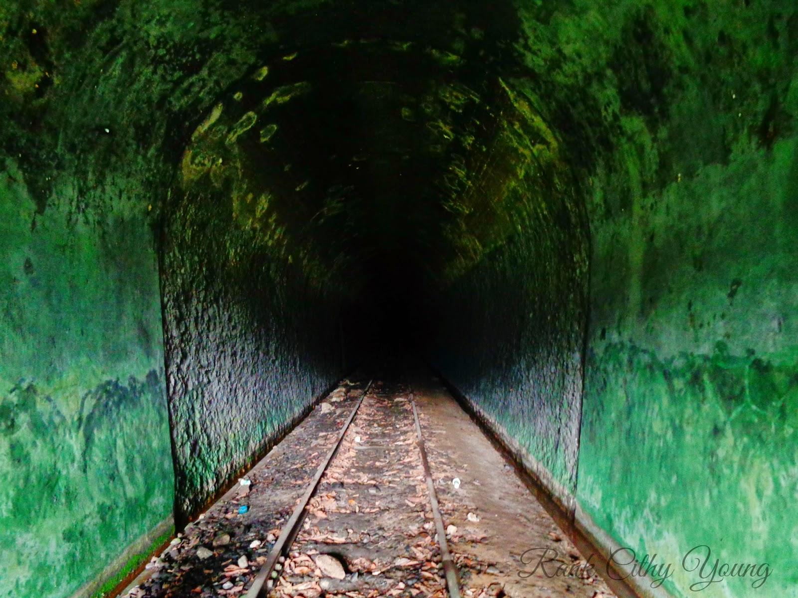 """""""Terowongan Kupitan""""Jalur Mati Muaro Kalaban - Padang Sibusuk"""