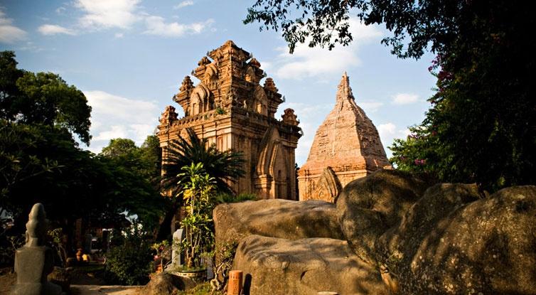 Po Nagar Cham Towers, Cham Towers Nha Trang, nha trang attractions