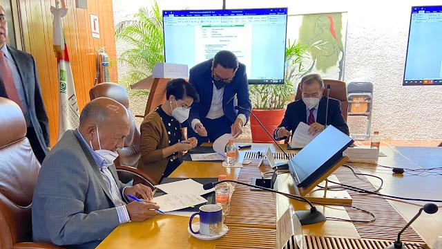 Firma de convenio entre FND y Agroasemex para acercar seguro a productores pequeños