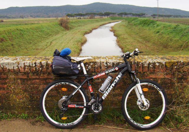 La Magia Della Bicicletta A Zonzo In Bici E A Piedilentamente