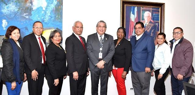 Comitiva del Colegio Dominicano de Notarios hace visita de cortesía al Cónsul de RD en Nueva York, interesada en colaborar en beneficio de la diáspora sobre temas notariales