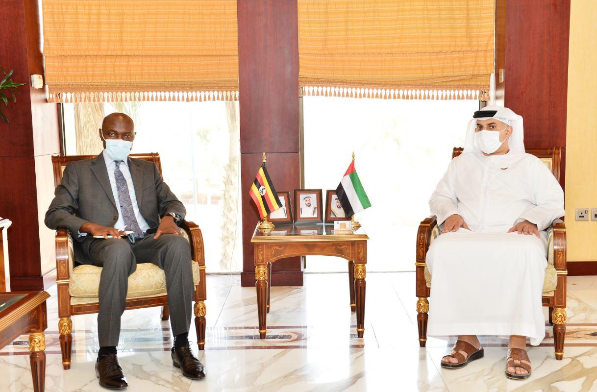 """""""غرفة أبوظبي"""" تبحث سبل تعزيز العلاقات التجارية والاستثمارية مع أوغندا"""