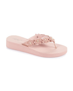 https://www.steinmart.com/product/eva+thong+sandal+with+flowers+%26+pearls+74397233.do?sortby=ourPicksAscend&page=22&refType=&from=fn&selectedOption=100462