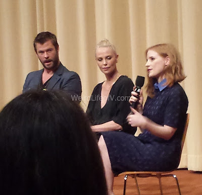 Chris Hemsworth, Charlize Theron, and Jessica Chastain