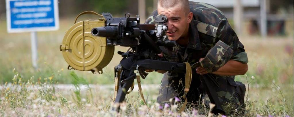 о30-мм автоматичний гранатомет на станку (АГС-17)