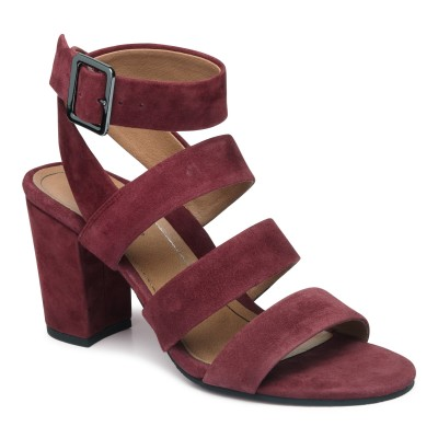 Berry coloured Blaire shoes from Vionic