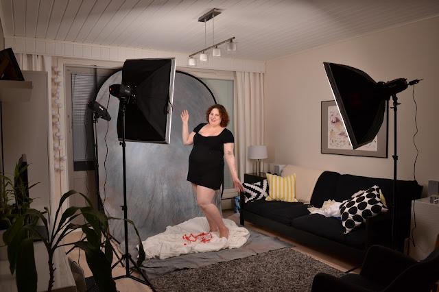 Saippuakuplia olohuoneessa- blogi, kuva Hanna Poikkilehto, raskauskuvaus, valokuvaus, kotistudio,