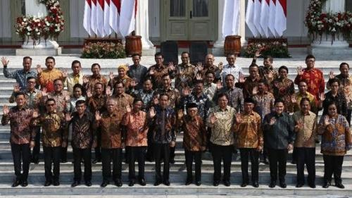 Soal Isu Pengkhianatan Menteri, Jokowi Diingatkan Soal Soeharto