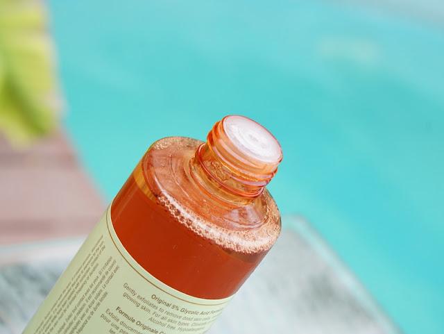 Pixi Skin Treats Glow Tonic Exfoliating Toner (5% Glycolic Acid, No Alcohol)