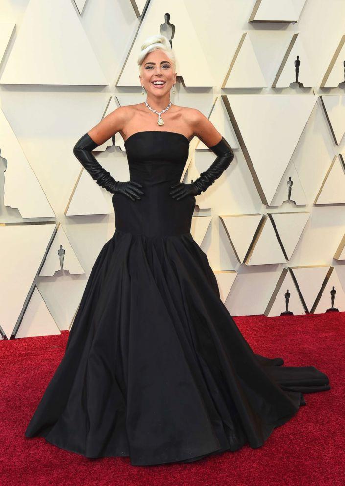 fb5c5c98e Lady Gaga wears priceless 128.54 carat diamond at the 2019 Oscars