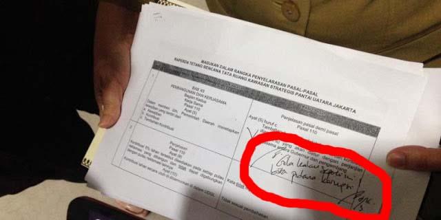 """Ahok Hina DPRD DKI dengan Kata """"GILA' dan """"NENEK LU"""""""