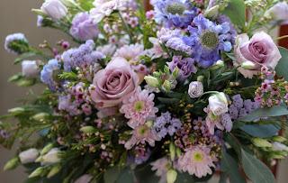 цветы на свадьбу сиреневые